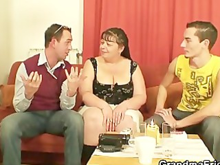 interview with plump woman leads to three-some