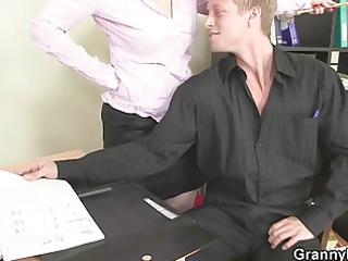 office lady gives head and gets drilled