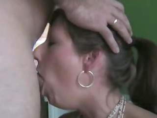 nice wife deepthroats and swallows the full load !
