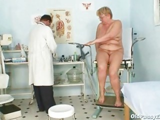 plump mature radka acquires real speculum exam by