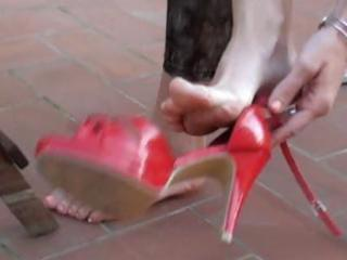 dark brown wife gets her feet licked clean every