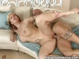 Marvelous momma brittany blaze gets a sticky cum