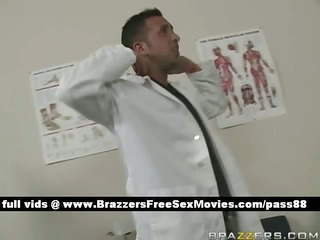 a lad dresses as a doctor and gives a hawt