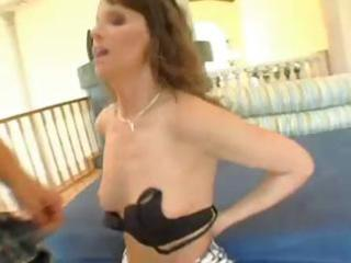 hawt brunette hair d like to fuck in nylons blows