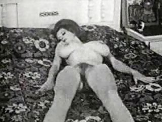 Vintage milf mamas from the 50s have big tits