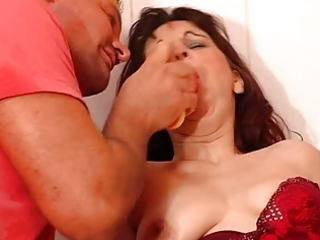 curly mama aged russian fuck in bathroom troia