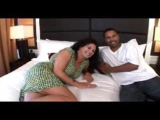 amateur mature d like to fuck receives