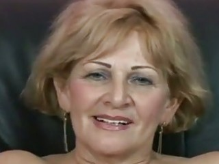 Sexxxy granny