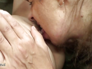 hawt playgirl fucks nasty mature lesbo mother