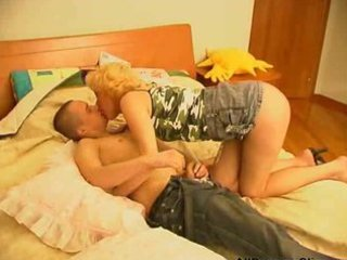 russian older women-sex with youthful guys-108