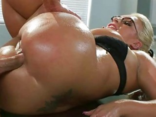 heavy zeppelins milf sadie swede oily arse pounded