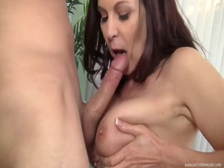 lascivious mother id like to fuck goes bonkers