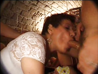 french older n15 dark brown anal mommy gangbang