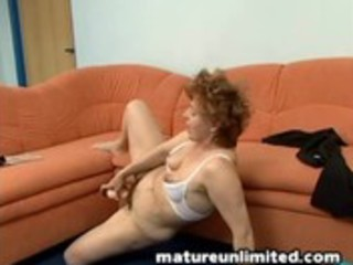 mamas valuable hot unshaved slit