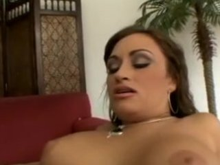 claudia valentine the large tit mom