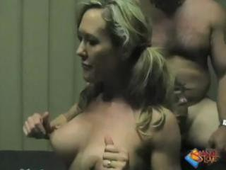hawt wife brandi love candid gym hardcore