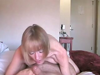 blond mother id like to fuck receives her sweet