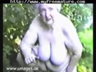 Elisabeth 86 yrs old mature mature porn granny