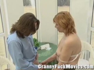 bulky granny wish to fuck the postmen