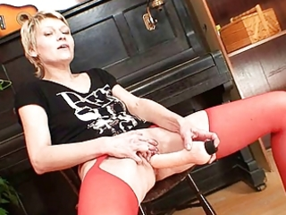 blond d like to fuck in red nylons perverted sex