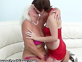 brunette hair girl having lesbian sex part8