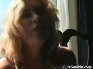 astonishing blonde d like to fuck smokes