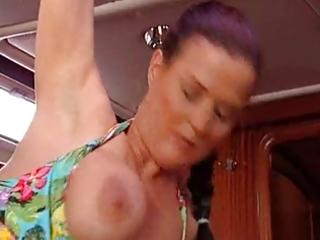 milf mit dicken titten wird gefickt