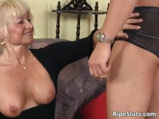 ultra blonde mature chick t live without er