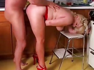 sexy aged porn star lizzy liques loves to fuck