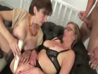 mature nylons doxy receives a spunk flow