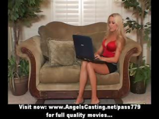 blonde d like to fuck with laptop toying pussy