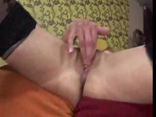 skinny granny uses sextoy and gets her vagina
