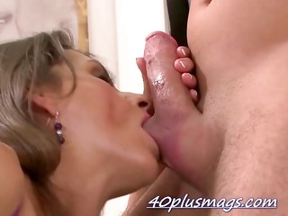 divorcee maria w fucking younger fellow