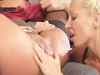 granddad watch during slut receives fisted