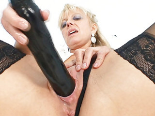 old blond d like to fuck stuffing twat with giant