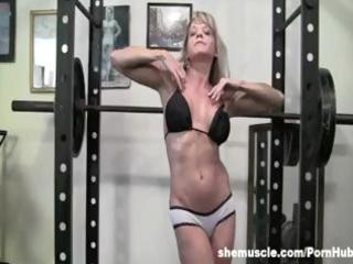 aged blond gym instruction