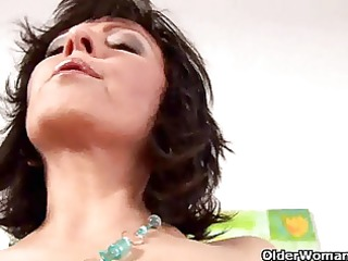 moist mature housewife jane gives her vagina a