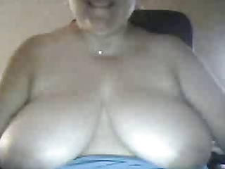 bbw mother i shows titties on web camera