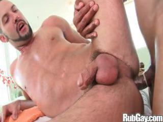 Rubgay mature anal massage