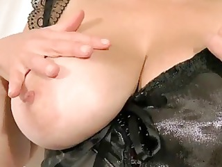 breasty tina - revealing my large boobs