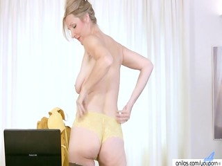 Housewife In Stockings Hardcore Masturbation