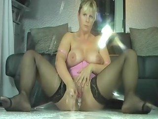 Breasty Mother Id Like To Fuck In Nylons Moist