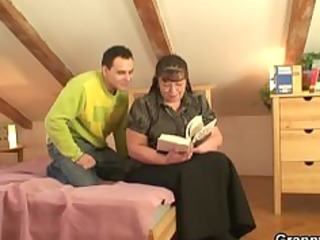 overweight bookworm bitch receives pounded by