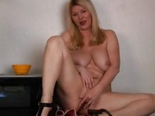 large boobs aged in kitchen masturbation