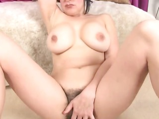 bbw shaggy and breasty masturbation