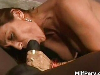 horny milf gives unfathomable soaked