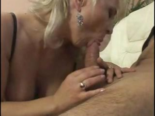 older breasty chick takes advantage of her