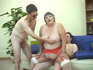 44 years old greedy grandma libby trio