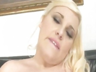 big beautiful woman d like to fuck solo