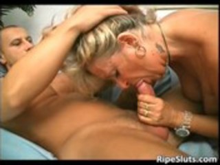 overrupe mature blonde whore receives her old
